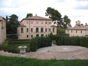 Veduta di Villa Berloni, ex Almerici