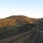 Vista sulle colline dalle mura di Mombaroccio