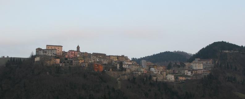 Panorama di Sassocorvaro da Mercatale