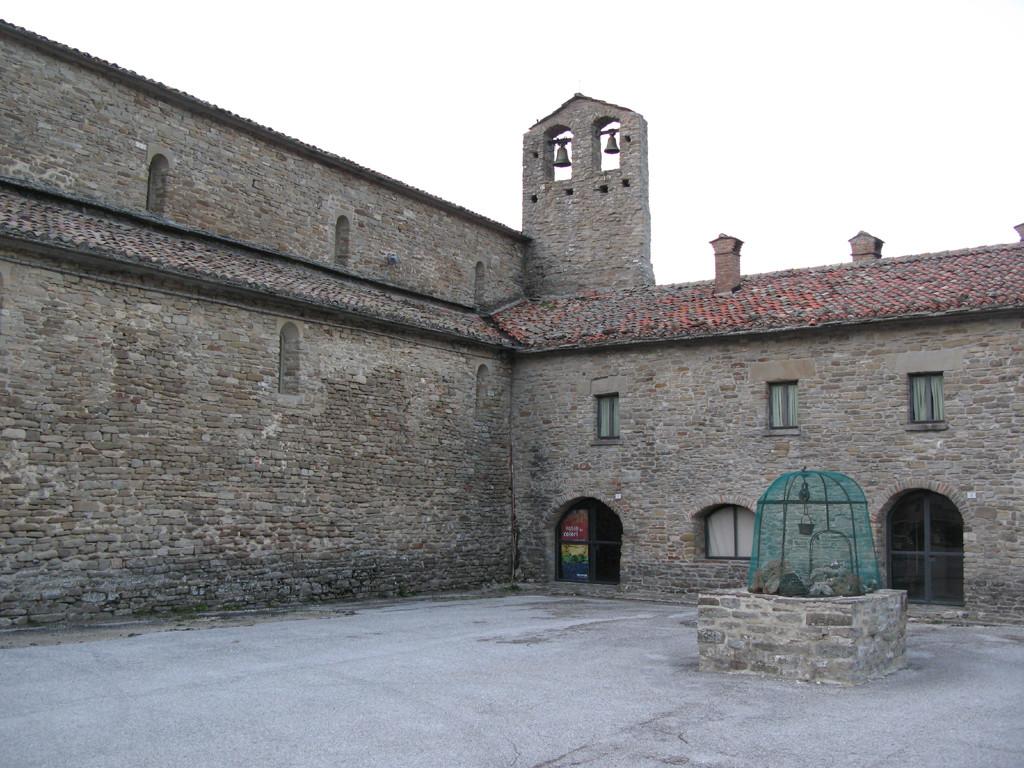 Chiostro dell'Abbazia di San Michele
