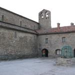 Chiostro dell'Abbazia di San Michele Arcangelo a Lamoli