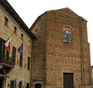 Chiesa di San Francesco e Municipio di Mondavio