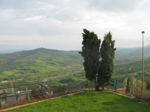 Parco di Sassofeltrio con vista sulla Valconca