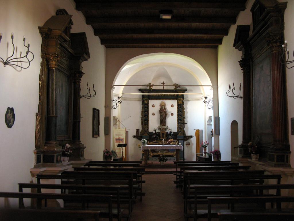 Interno della chiesa di Santa Maria Assunta