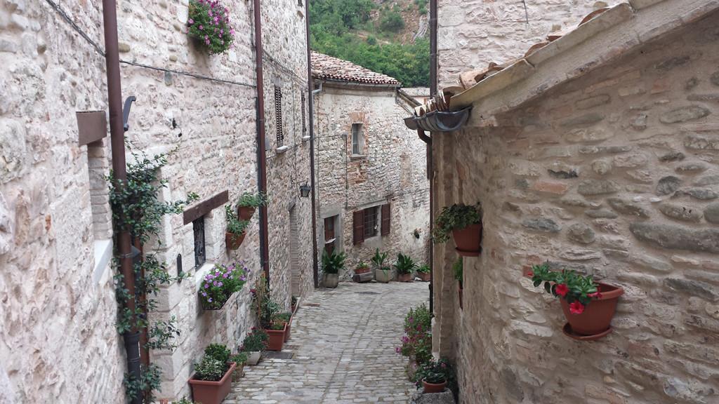 L'interno del Borgo Medievale di Piobbico