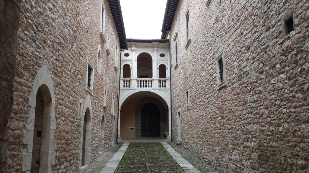 Ingresso interno del Castello Brancaleoni