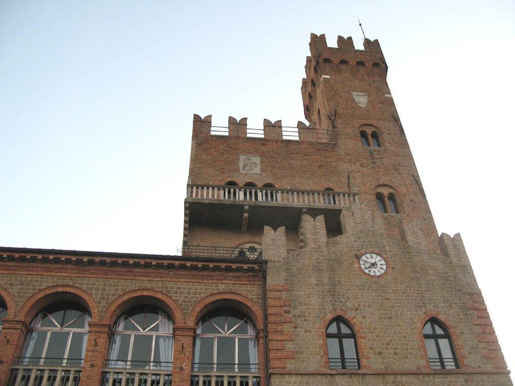 Vista di un particolare del Castello di Tavoleto