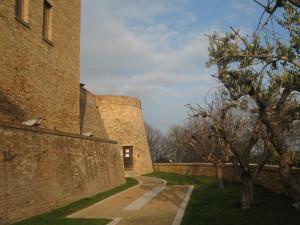 Entrata alla Biblioteca di Sant'Angelo in Lizzola